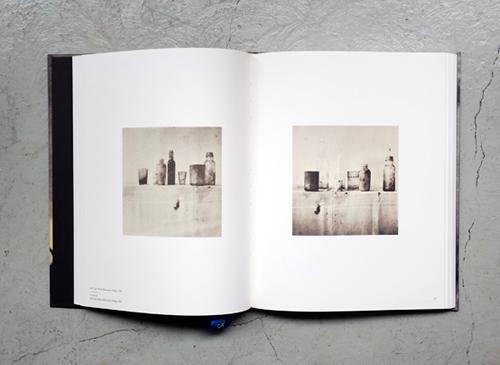 LE TEMPS RETROUVE CY TWOMBLY PHOTOGRAPHE ET ARTISTES INVITES