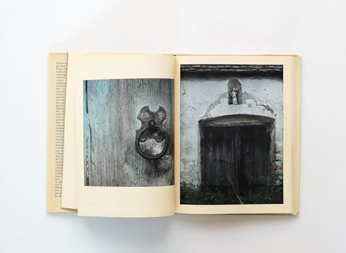 Karl Korab: Ein Dorf Poetische Dokumentation einer aussterbenden Lebensform